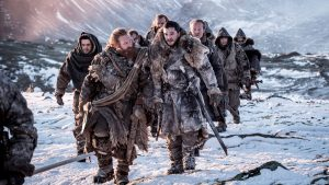 Jon Snow et ses hommes de l'autre côté du Mur, sous la neige